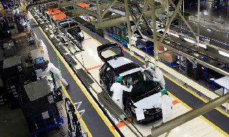 SINDICATOS AUTOMOTRICES BUSCAN PROTEGER EMPLEOS
