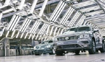 VW AISLA A 40 COLABORADORES POR COVID-19 EN PUEBLA Y GUANAJUATO